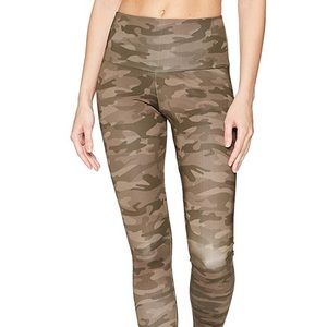 Onzies Camo leggings